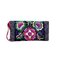 Маленькая сумочка клатч (клач) с этнической вышивкой