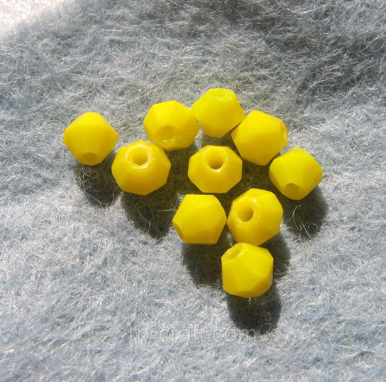 Бусина стеклянная, 4х4 мм, биконус Сваровски, желтая