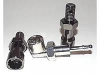 TR10-3 Трубка для куріння у вигляді болта і гайки.