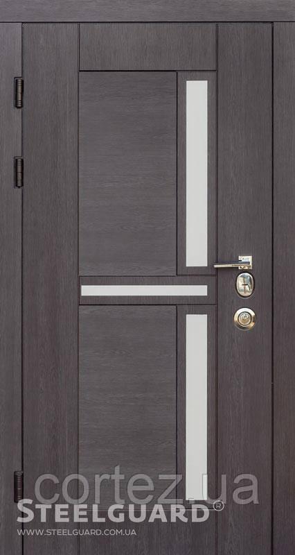 Входная дверь ТМ Стилгард Neoline двухцветная