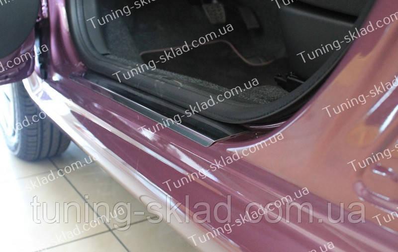 Накладки на пороги Peugeot 107 (накладки порогов Пежо 107)