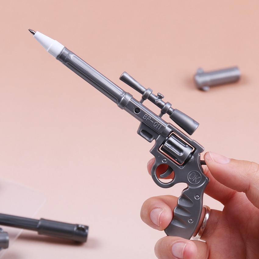 Ручка в форме пистолета!