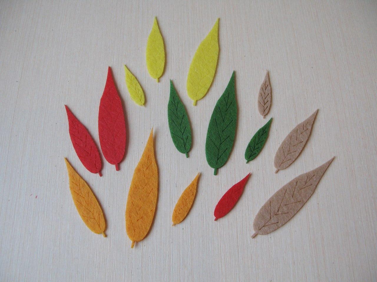 Листья ивы из фетра.