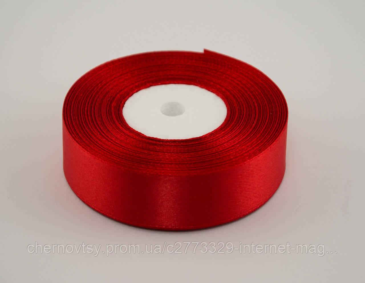 Лента атлас 2.5 см, 33 м, № 26 красная