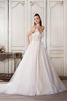 """Свадебное платье """"Драгоценная сказка"""" с длинным шлейфом"""