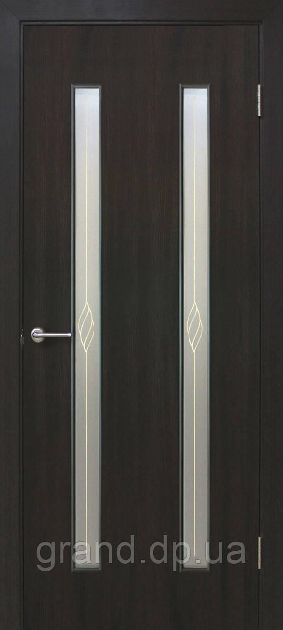 """Дверь межкомнатная """"Вероника СС+КР экошпон"""" остекленая  с рисунком, цвет  венге"""