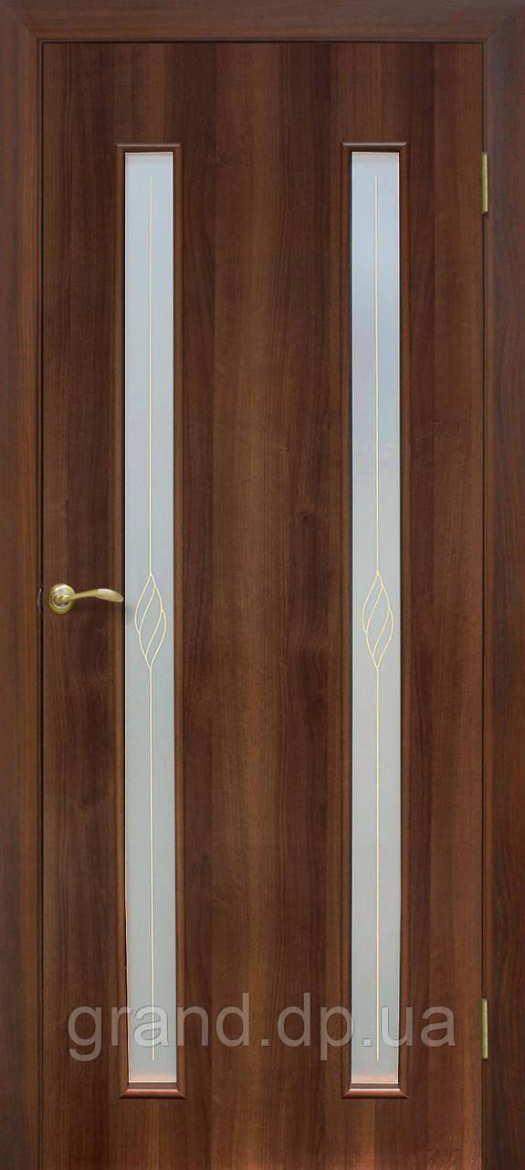 """Дверь межкомнатная """"Вероника СС+КР экошпон"""" остекленая с рисунком, цвет орех"""