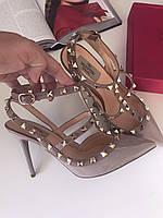 Женские босоножки c заклепками Valentino 'Rockstud' (реплика), фото 1