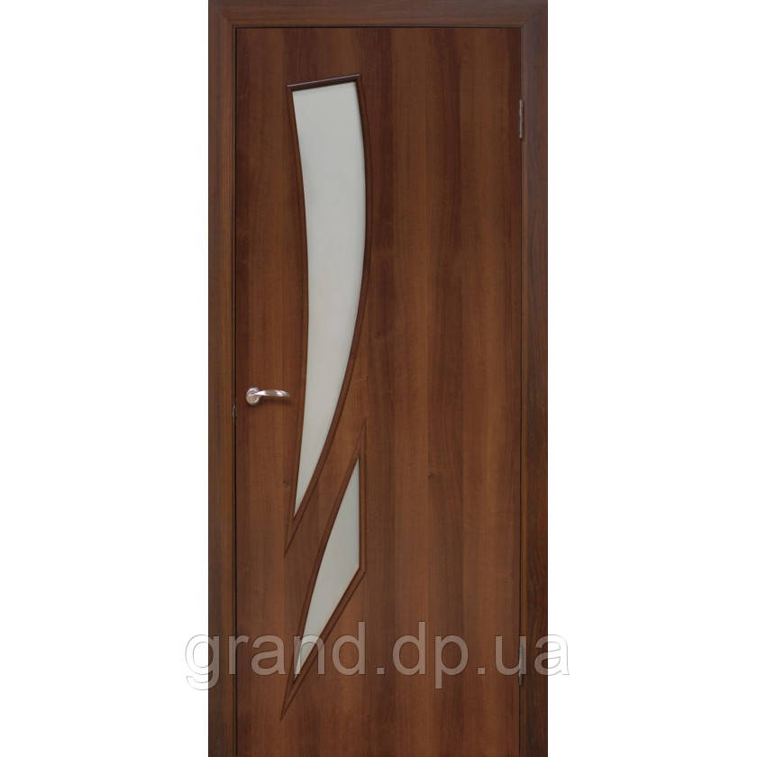 Двери межкомнатные Омис  Фиеста экошпон остекленная,цвет  орех