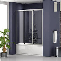 Раздвижная шторка на ванну: трехстворчатая, наполнение - каленое стекло прозрачное, профиль - хром.