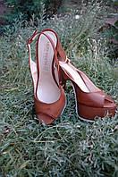 Босоножки женские на каблуке Hermanita Италия