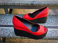 Женские туфли танкетке 10 см, натуральная кожа, красные /  туфли для девочек, стильные