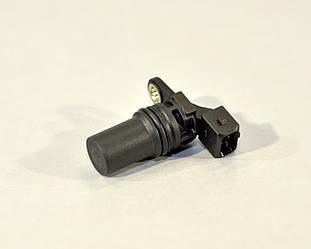 Датчик положения коленчатого вала на Renault Trafic  01->  — EPS  (Италия) - 1953539