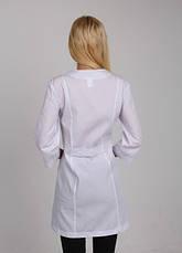 Медицинский женский халат с яркой цветочной вышивкой 42-50, фото 3