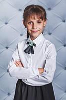 Школьная, красивая, модная блузка с брошкой цвет белый для девочки  рост - 128, 134, 140, 146, 152