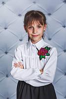 Школьная, нарядная, модная блузка с розой цвет белый для девочки  рост - 122, 128, 134, 140, 146, 152