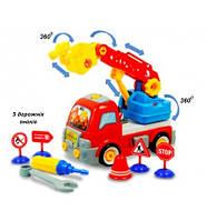 """Конструктор """"Пожарная машина"""" с дорожными знаками, 3М+, в кор. 50*20*13см, ТМ BeBe lino"""