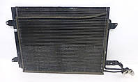 Радиатор кондиционера VW Caddy 3 Touran 04-> 550*445 (с осушителем) 1T0820411A