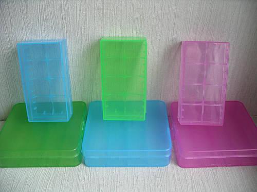Пластиковый кейс для 4 аккумуляторов 18650