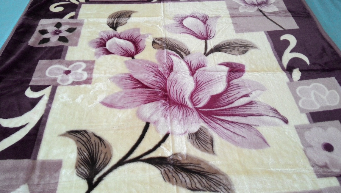 Плед акриловый двуспальный TRUE LOVE цветок ирис