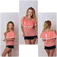 Женская блуза с кружевом