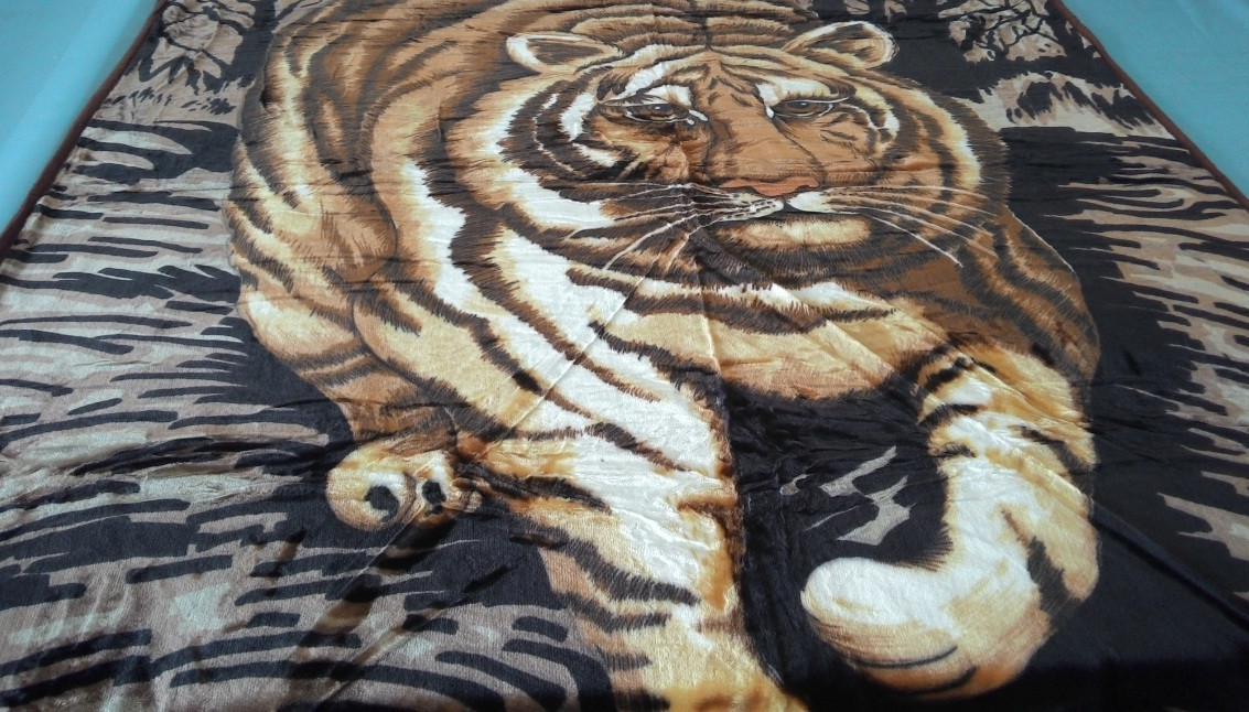 Плед акриловый двуспальный TRUE LOVE тигр