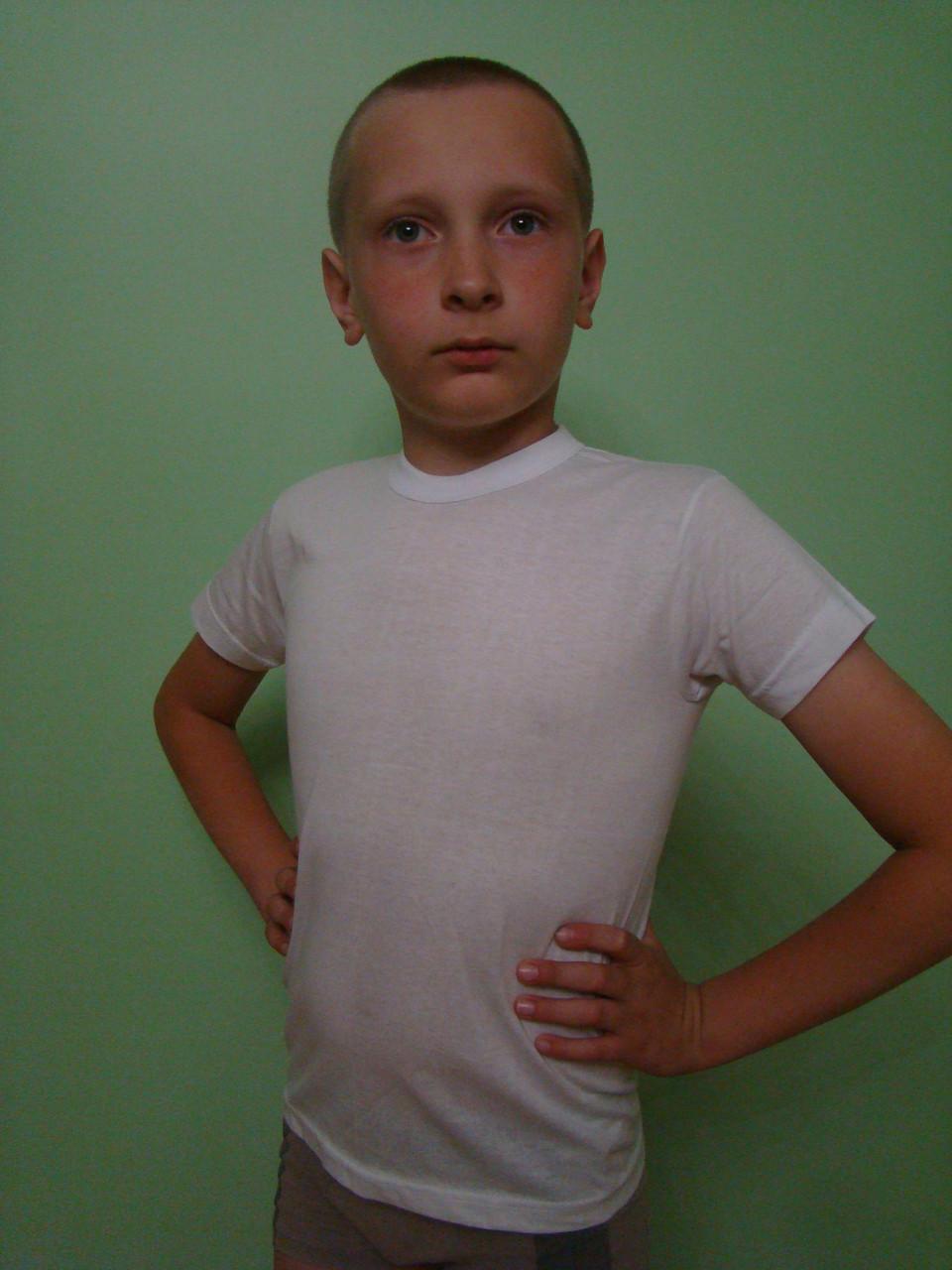 Мальчиковая футболка белая