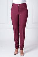 Офисные женские брюки с манжетами Адрианна бордового цвета