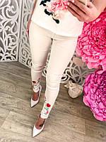Модные женские белые брюки с вышивкой тренд 2017 года