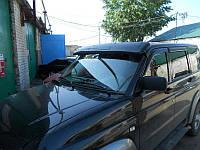 Козырек спойлер на лобовое стекло солнцезащитный УАЗ Патриот