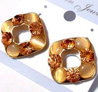 Серьги - гвоздики со стразами под золото №22