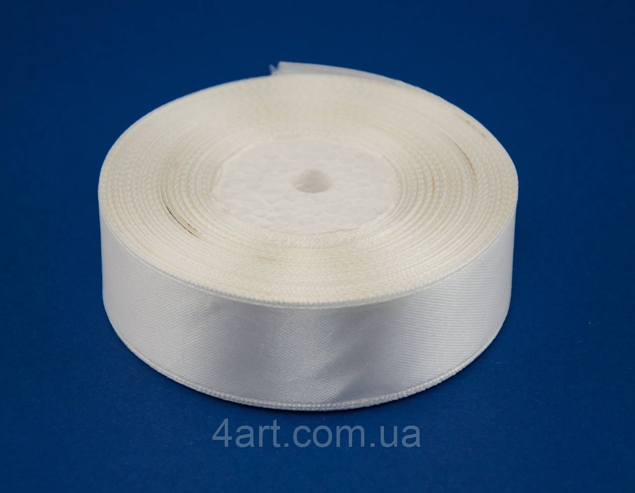 Лента атлас 0.6 см, 33 м, № 08 молочная