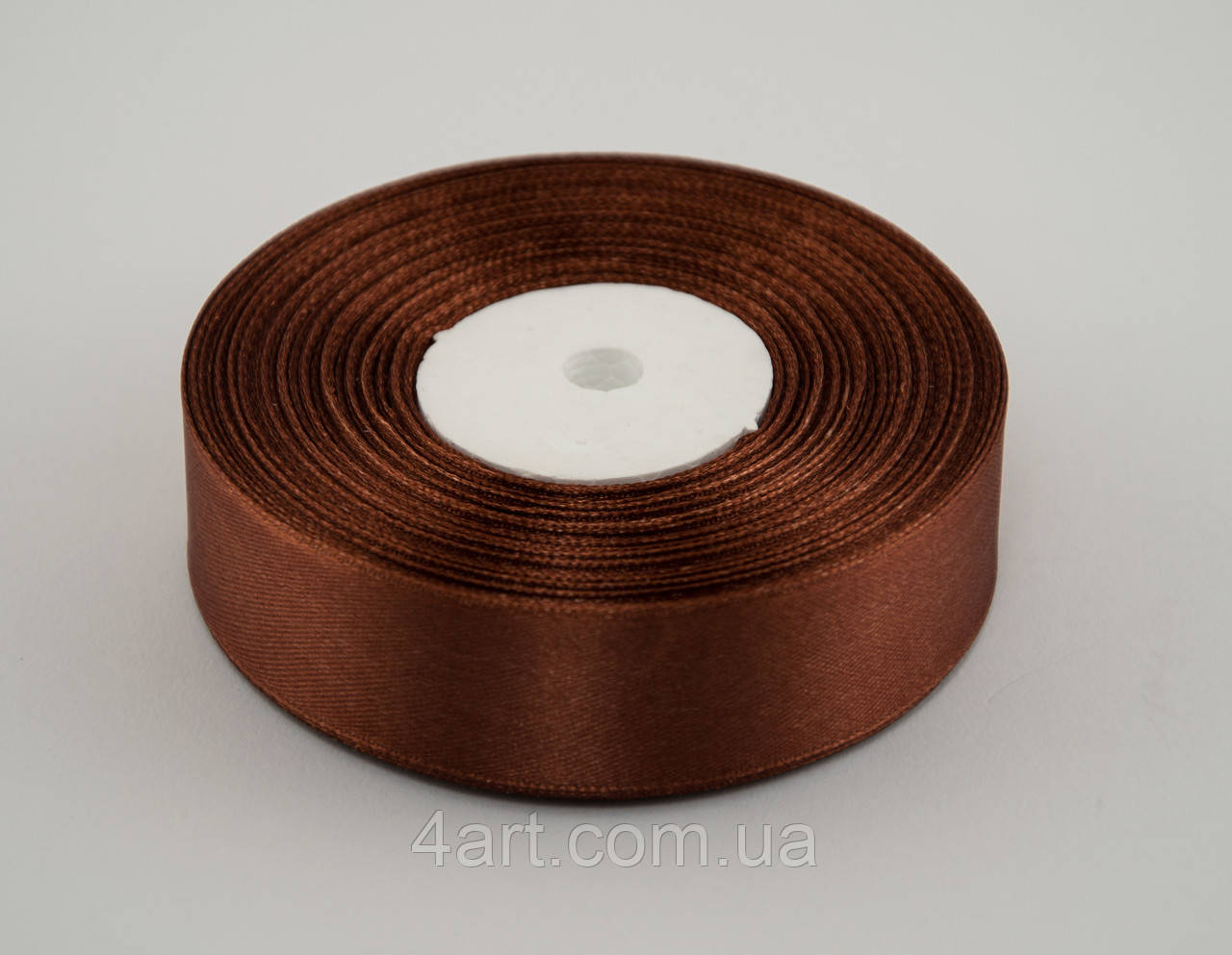 Лента атлас 0.6 см, 33 м, № 31 светло коричневая