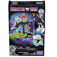 Конструктор Спортомания Mega Bloks Monster High Frankie Physical Deaducation