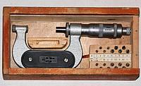 Микрометр резьбовой МВМ - 25 (0-25) 0,01 мм, с компл. вставок (Киров, СССР)