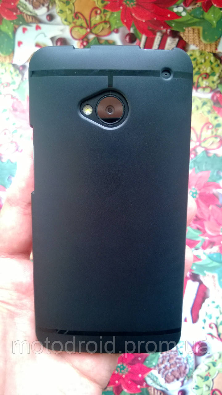 Чохол для HTC M7 чорний силікон+захисна плівка