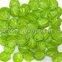 Пластиковые бусины, подвески  Цена за 20 грамм (прим. 70шт)