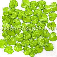 Пластиковые бусины, подвески  Цена за 20 грамм (прим. 55шт)