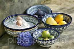 Красивая и яркая посуда Bunzlau Castle отлично освежит интерьер и создаст летнее настроение.