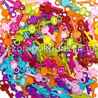 Пластиковые бусины, подвески  Цена за 20 грамм (прим. 100шт)