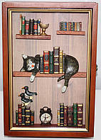 Ключница настенная, дерево и стекло, Картинка Кот и книги, фото 1