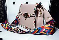 Модная женская сумка бежевая с цветным ремешком New Milano