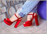 Красные бархатные босножки  с отливом копия  Saint Laurent с 36 по 41  размер