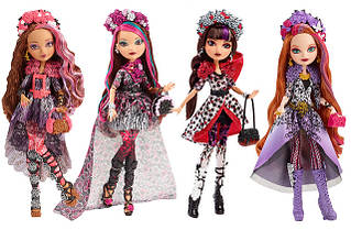 Ляльки та ляльки з нарядами