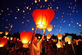 Небесные фонарики  в виде сердечка, 1 метр ,разные цвета