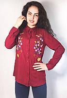 Стильная хлопковая женская рубашка с вышитым узором
