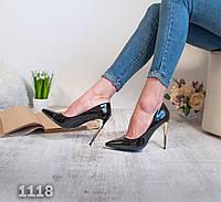 Туфли-лодочки черные лаковые, золотой каблук