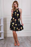 Платье модного дизайна с красивым принтом