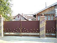 Ворота кованые, закритые профнастилом 7770