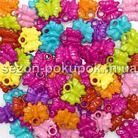 Пластиковые бусины, подвески  Цена за 20 грамм (прим. 35шт)